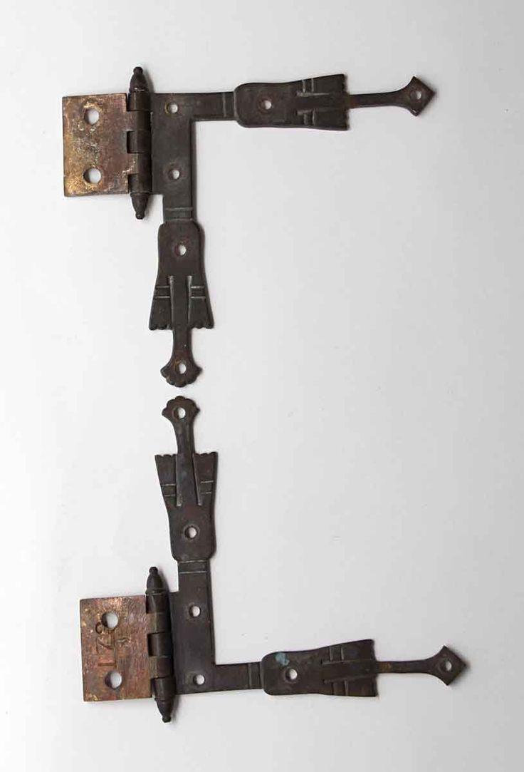 Hand etched brass l shaped strap corner hinges