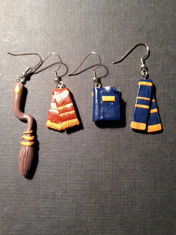 Handmade Harry Potter Polymer Clay Gryffindor Or Ravenclaw Earrings By Paperlotusgallery 15 00 Harrypotter Geek Jewelry