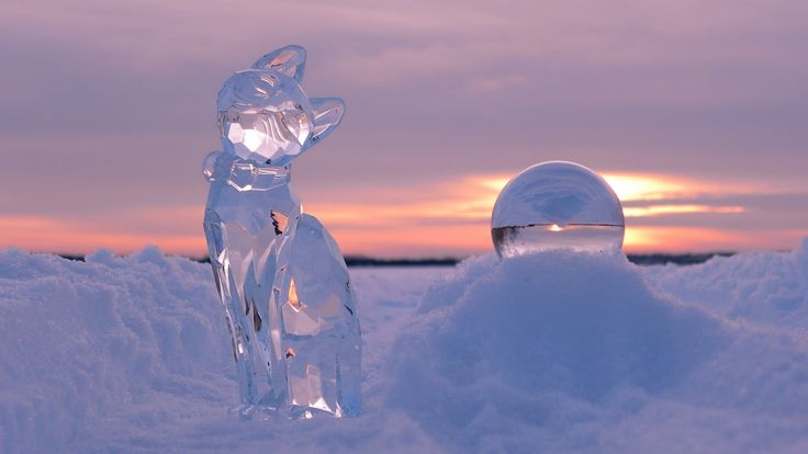 cool Glass cat in the snow