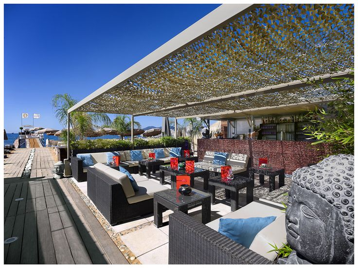 Durant le Festival de Cannes, le Beefbar s'installe sur la Plage 45 du Grand Hôtel***** pour un festival de viandes sous toutes les coutures... #LeFashionPost #Webzine #WilliamArlotti #Gastronomie #Lifestyle #Viande #Bar #Beefbar #Cannes #Festival #Plage45 #GrandHôtel
