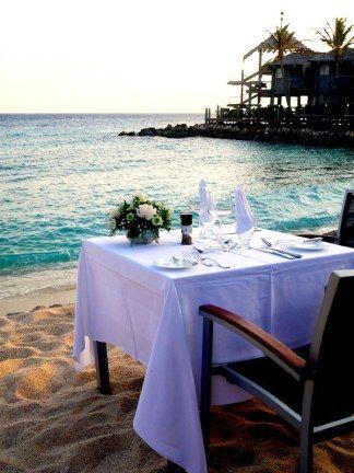 Avila hotel in Curacao strand diner - Dinner at the beach