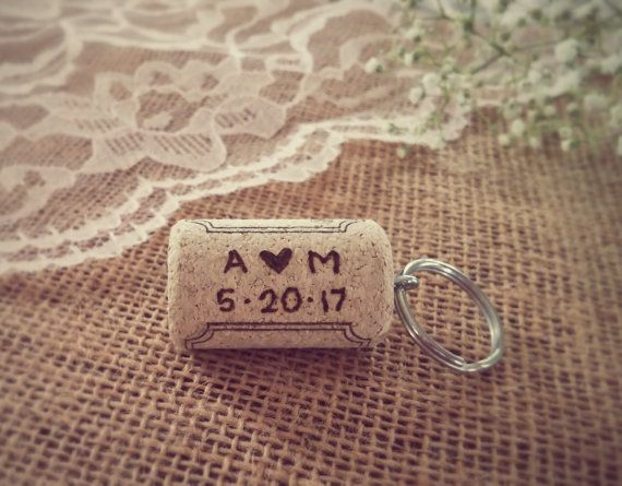 Personalized Wine Cork Keychains Wedding Favourswine
