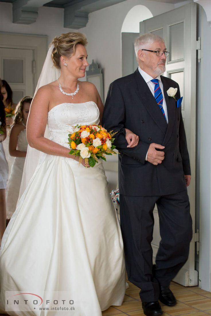 Bruden med far
