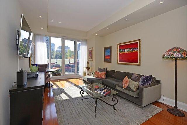88 Davenport Rd Toronto Florian Condos For Sale Living Room Yorkville Victoria Boscariol Chestnut Park Real Estate