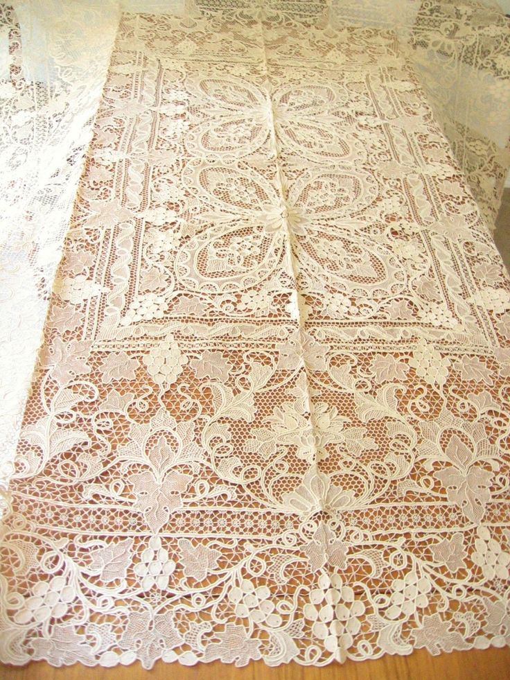 Unused Grape Leaf Antique c1920 Point Venise Ital Needle Lace Tablecloth 68x84 | eBay