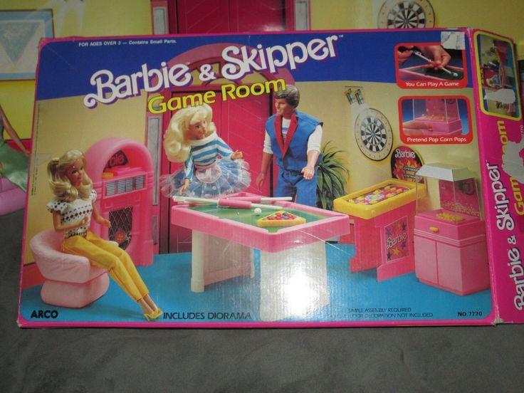 Elegant Play decorating barbie house games