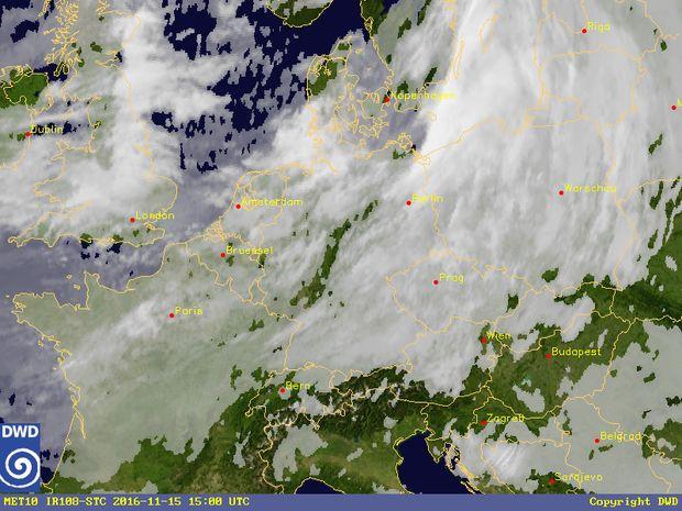 Satellitenbild Aktuell 15.11.2016 17:00 Uhr