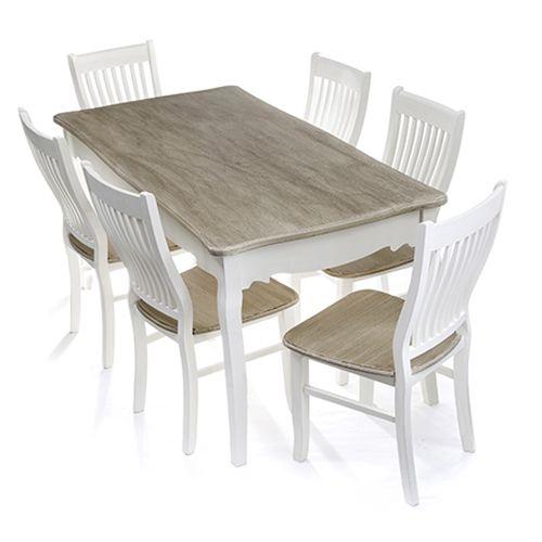 Σετ τραπεζαρία που περιλαμβάνει ένα τραπέζι ξύλινο πατίνα σε λευκό χρώμα, με επιφάνεια σε φυσικό χρώμα, 6 καρέκλες με ανθεκτικό ξύλινο πατίνα λευκό σκελετό και κάθισμα υψηλής ποιότητας σε φυσικόχρώμα.