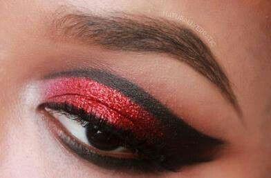 eye makeup                                                                                                                                                                                 Mehr