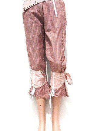 À vendre sur #vintedfrance ! http://www.vinted.fr/mode-femmes/pantacourts/36014969-pantacourt-femme-et-compagnie-bois-de-rose-36-st1