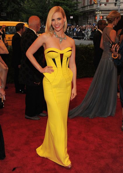 in LOVE with this versace dress: Fashion, January Jones, Style, Met Gala, 2012 With, Jones Met, Yellow Versace, Versace Met, Versace Dress