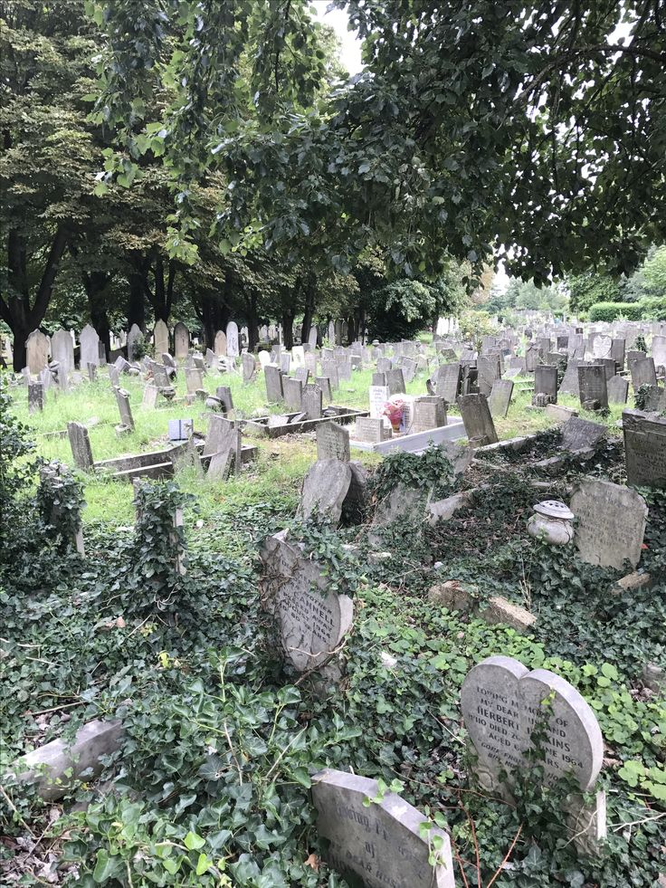 Manor Park cemetery paupers graves