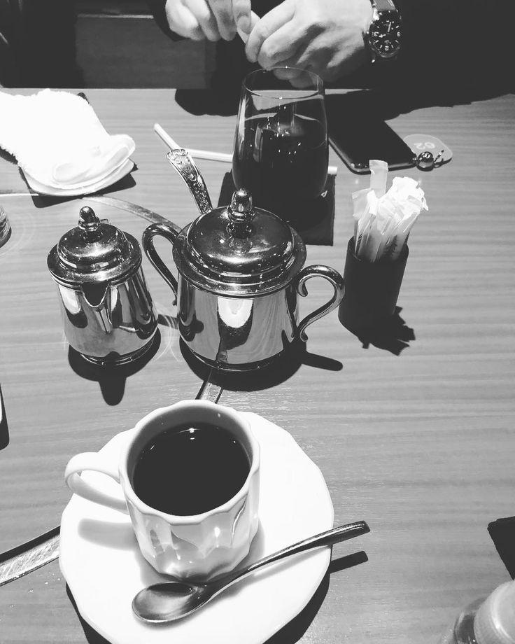 #shabushabu #japanese #beef #crab #hotpot #japan #六本木#日本 #東京 #tokyo #japanesefood #ろっぽんぎ #Roppongi #wagyu #yummy #delicious #美味 #美味しい #japantrip #japan_of_insta #instagramjapan #iphonex #photooftheday #coffee #tea