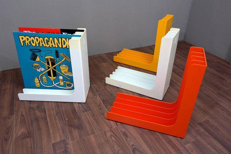Schallplattenständer - VINTAGE, RETRO, 60er, 70er von Eight Arms auf DaWanda.com