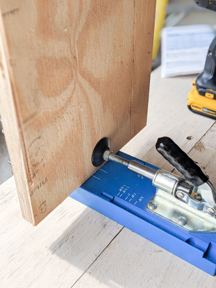 How To Use The Kreg Jig K4 Pocket Hole System A Complete Guide In 2020 Kreg Jig K4 Kreg Jig Pocket Hole Joinery