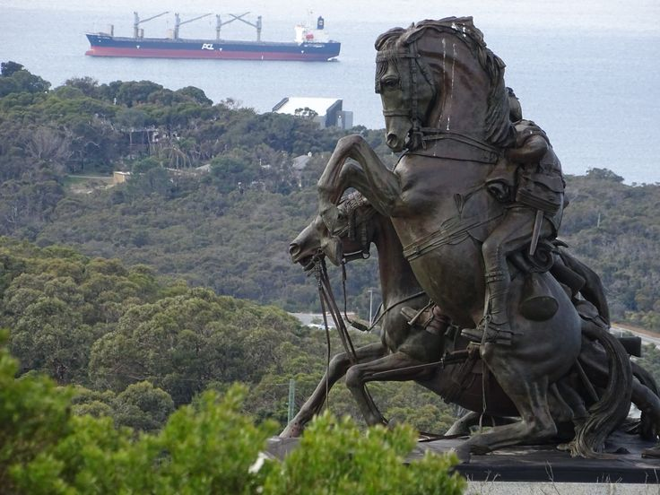 Incredible views of the King George Sound. Statue by Web Gilbert -ANZAC Desert Mounted Corp Memorial
