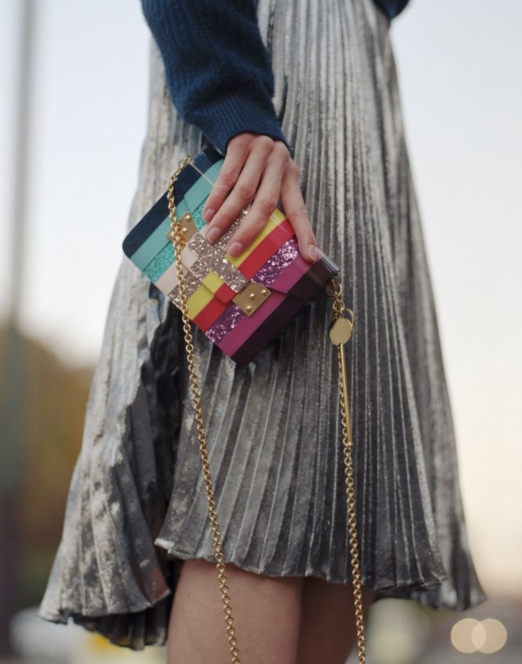 Clasp our Rainbow Compton Envelope to finish a luxe evening look with a playful twist.