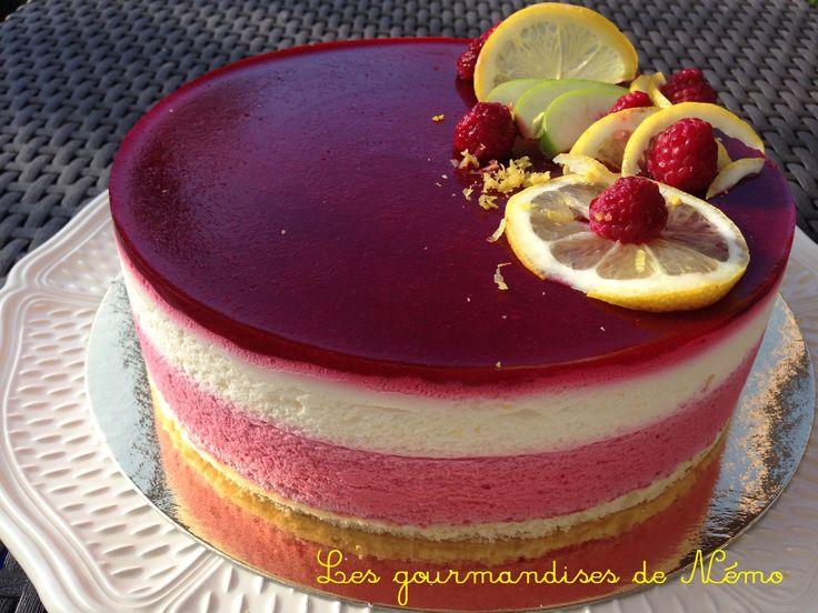 entremet citron framboise, genoise nature ou pistache, gateau printemps, entremet aux fruits