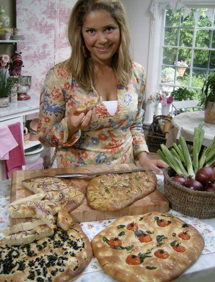 Leilas Focaccia / Bröd ~ Recept | Leila Lindholm (leila.se)