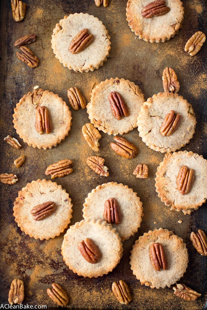 Cinnamon Pecan Shortbread - a grain free, low carb and lightly sweetened morning snack! Plus, it takes just 10 minutes hands on time to whip up!