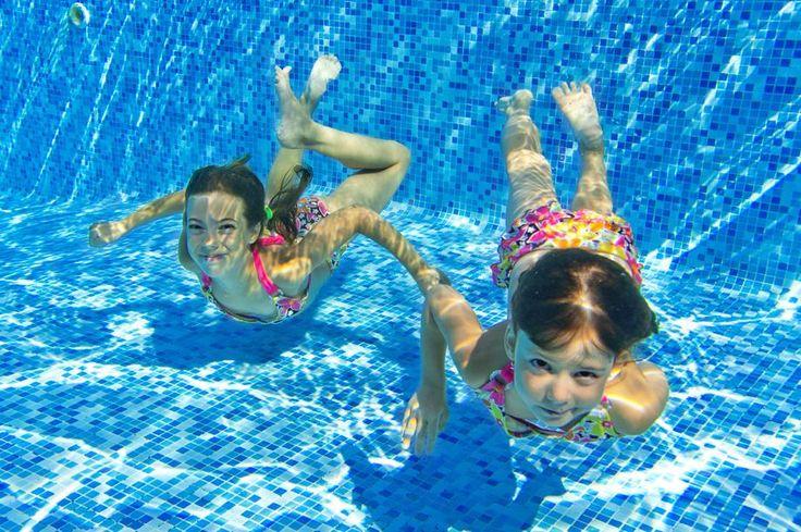 4 jogos legais para fazer na piscina