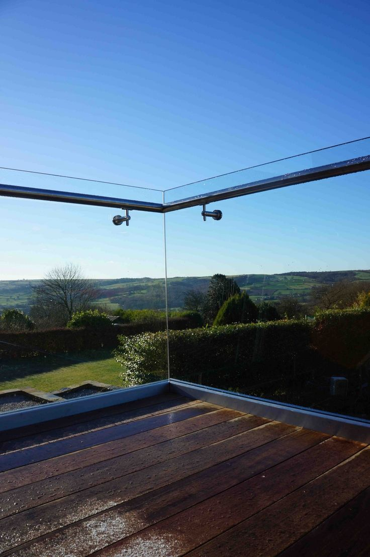 Structural Glass Balcony with Internally Mounted Handrail