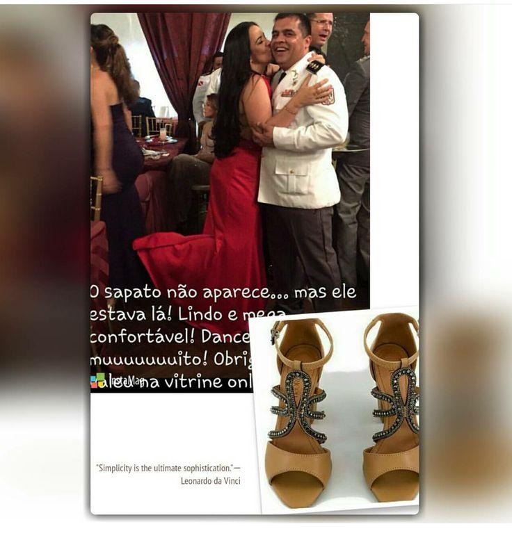 Voce quer desfilar NA VITRINE ON LINE como nossa cliente @catiaregateiro? Mande-nos uma foto bem bonita com o sapato adquirido, aqui, que nós postamos!!! Ou poste no seu perfil e nos marque! Na sua próxima compra, voce ganha 10% de desconto! PROMOÇÃO VÁLIDA ATÉ 30/11/2016.