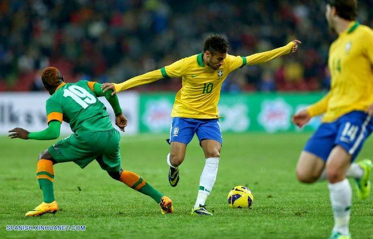 estupenda sacada de el brasileño neymar