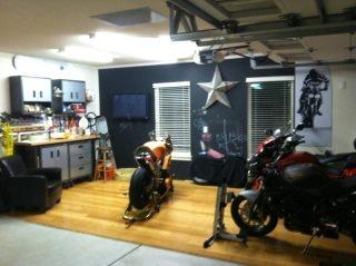Man cave garage style motorbikes pinterest man for Half garage half man cave