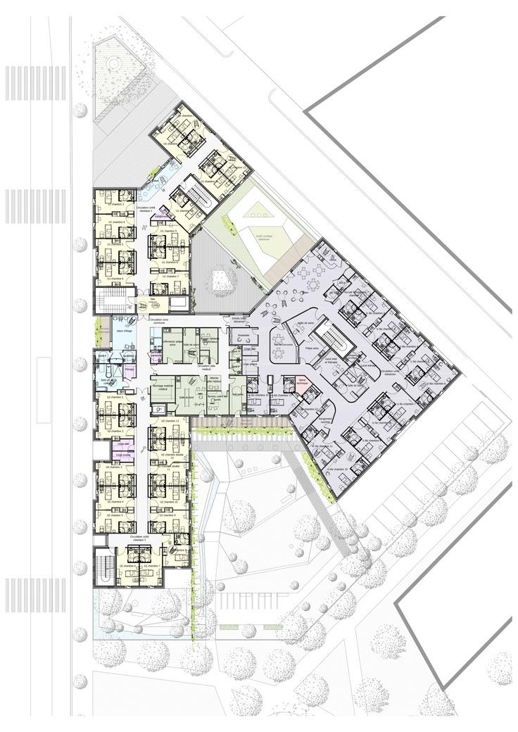 Plan du premier tage le p le m dical occupe une position for Architecture unite alzheimer