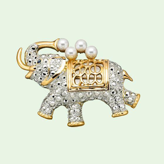 Elephant Brooch with Genuine Sapphire