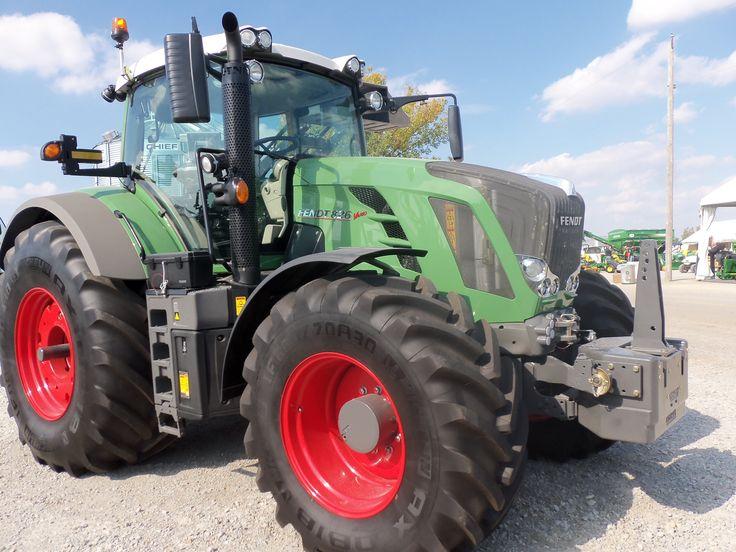 Fendt 824 tractor.240 engine hp, 205 PTO hp.Same PTO hp as The John Deere 8310 & CaseIH 8940