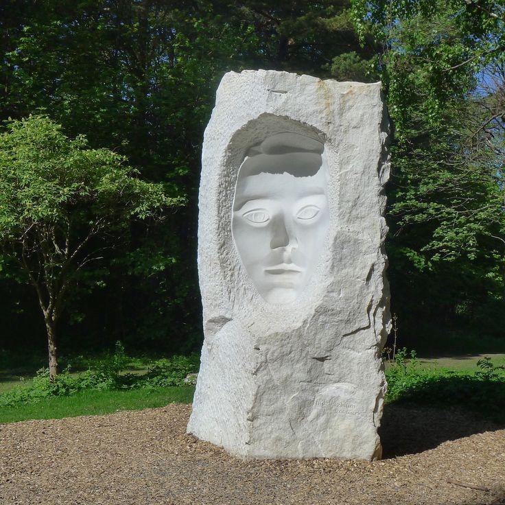 oslo | norge | ekebergparken | skulpturpark | konkavt ansikt | mæhlum