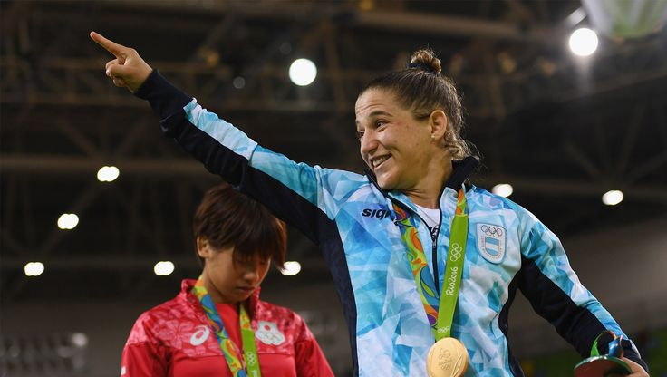 Paula Pareto handed Argentina a golden start to Rio 2016 by coming out on top to win the women's 48kg judo, becoming the oldest competitor to win a medal in the event in the process