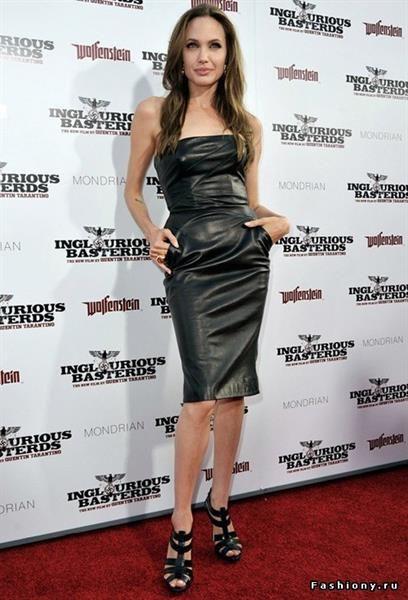 Анжелина джоли в кожаном платье фото