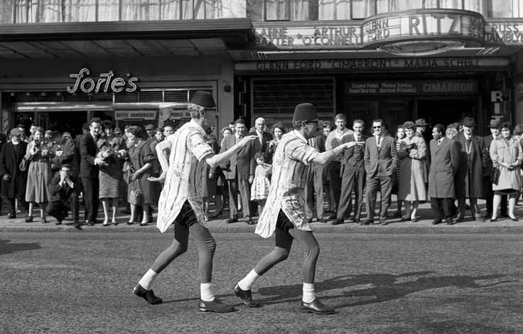 The Happy Wanderers (also Roadstars) - hugely famous West End buskers - 1960's to 1980's. Frederick Wilfred - London Street Photography 1950's & 60's