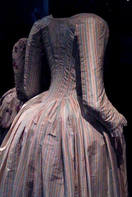 Robe à l'Anglaise, Les Arts Decoratifs | Flickr - Photo Sharing!
