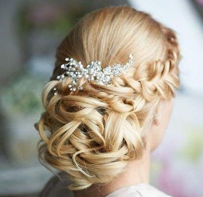 fryzury ślubne 2015 dla włosów długich 12 — kopia