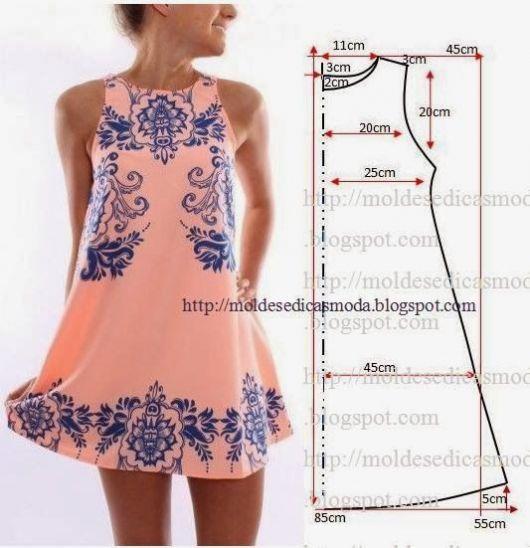 vestido-trapezio-rosa-grafico