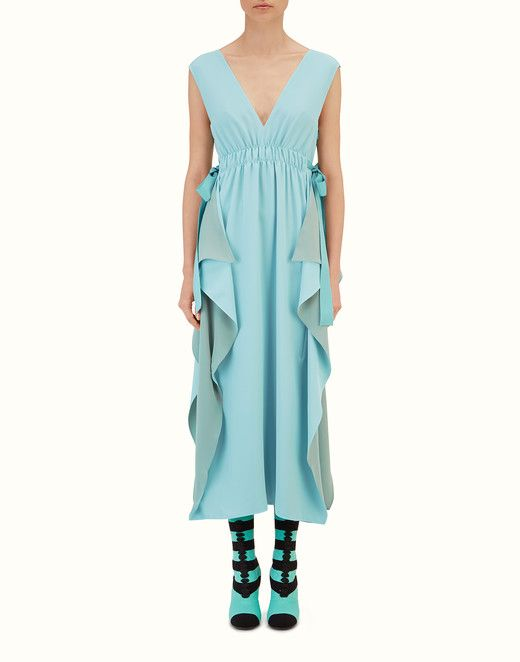 ДЛИННОЕ ПЛАТЬЕ - Платье из крепдешина бирюзового цвета. Познакомьтесь с новыми коллекциями на официальном сайте Fendi. Арт.: FD9306O2RF08UD