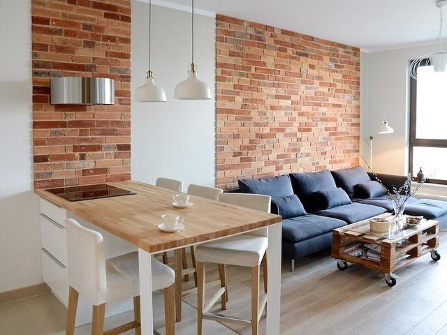 Nowoczesny Projekt Wnetrz Biala Kuchnia I Cegla Na Scianie Brick Living Room Living Room Decor Apartment Home Living Room