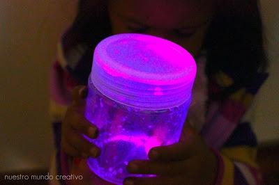 Linternas fluorescentes hechas en casa