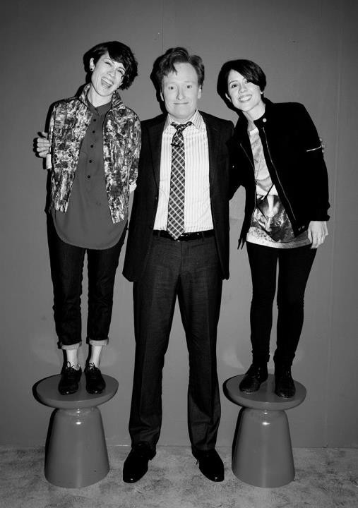 Tegan + Sara w/ Conan O'Brien: Music Inspiration, People Admirer, Conan O' Brien, Team Coco, Shorts Locks, Sara 33, Conan Obrien, Beautiful People, Tegan And Sara