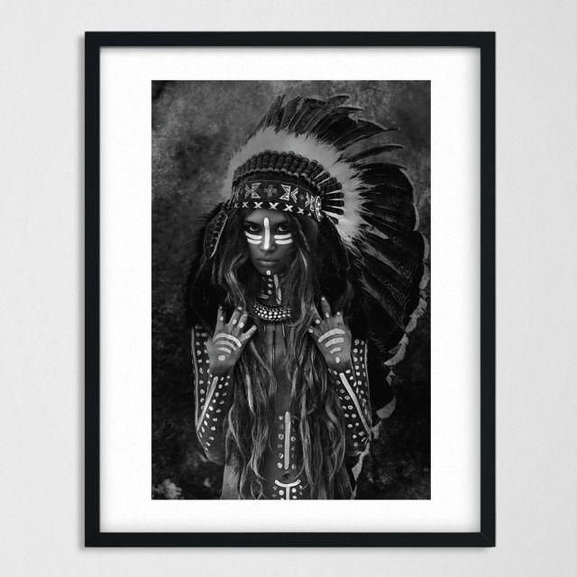 czarno-biała fotografia indianki