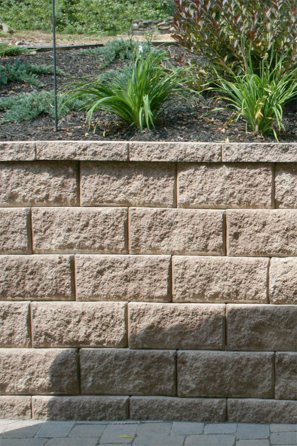Perfect Diamond Pro Stone Cut® Combines The Proven Engineering Of Diamond Pro® With  The Look And Feel Of Highland Stone® To Offer A Retaining Wall System That  ...