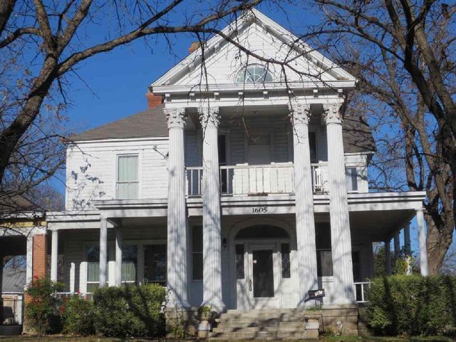 19 best houses i love images on pinterest homes home and house rh pinterest com