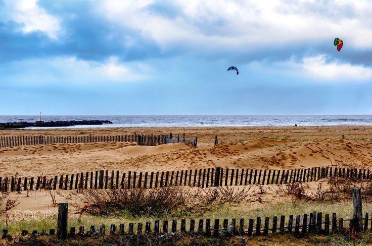 Un peu de vent pour le kitesurf !!! Châtelaillon-Plage - Le Front de Mer