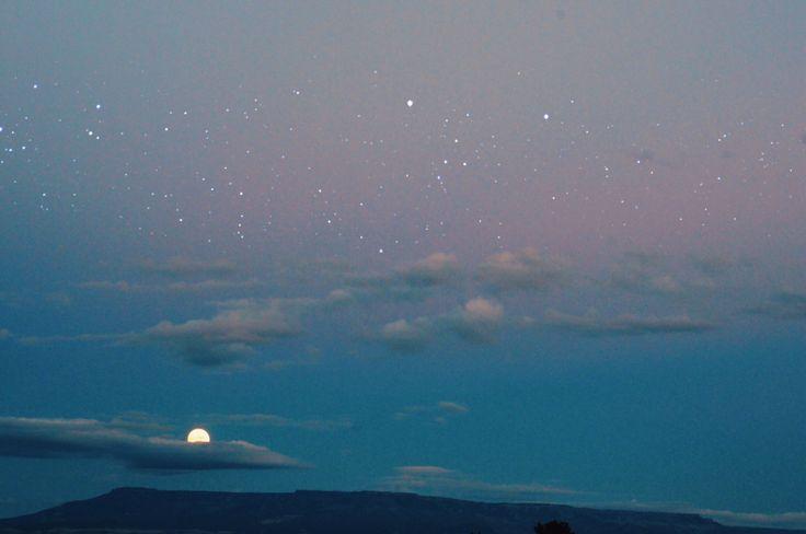 sunrhythm:  moonrise heaven