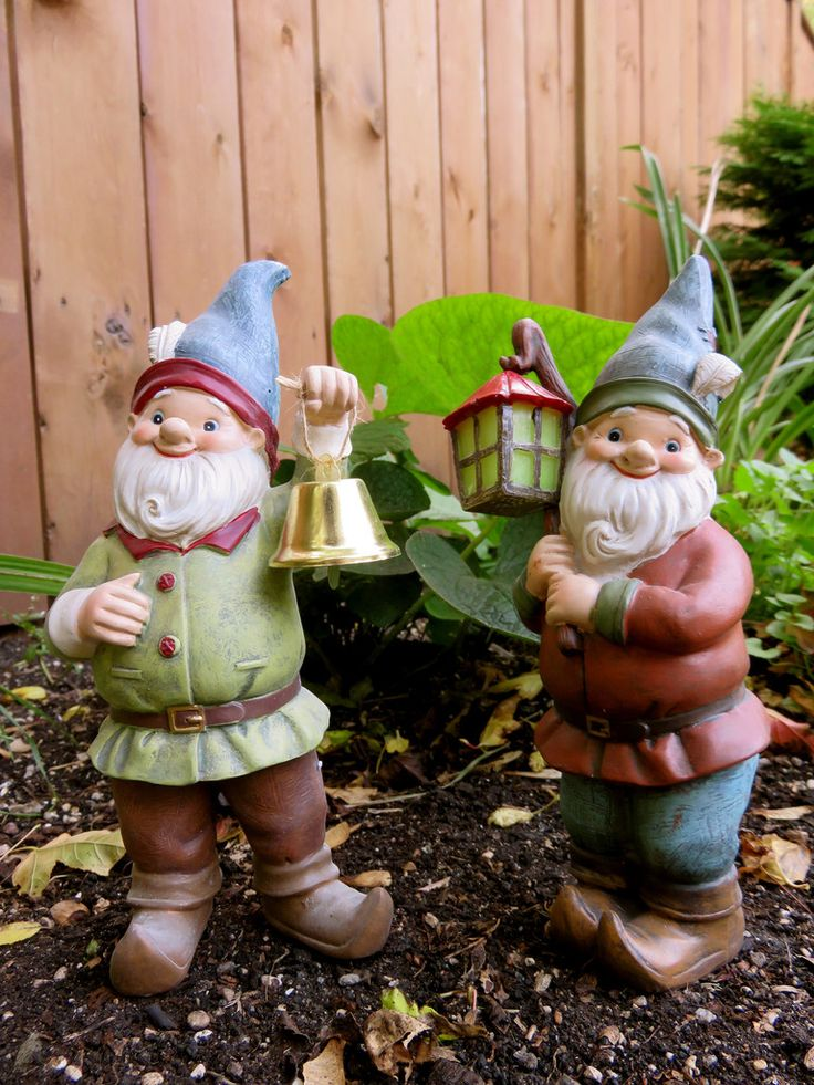 Gnome In Garden: 1000+ Images About Garden Gnomes On Pinterest