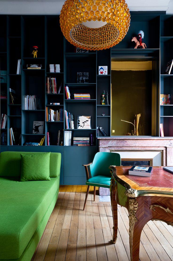 Pièce aménagée comme un bureau dans appartement haussmannien à Bordeaux par l'architecte d'intérieur Daphné Serrado